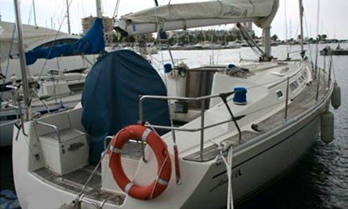 Hanse 411 Cruiser Hire in Dénia