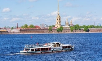"Luxury Ship ""Senator""  Rental in Sankt-Peterburg"