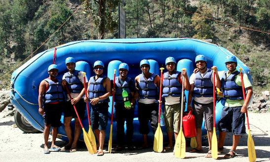 Family Rafting Trip In Rishikesh India