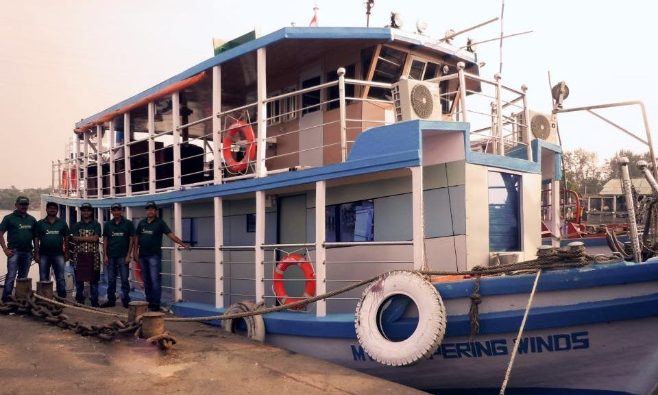 Amazing Houseboat in West Bengal  (AIR CONDITIONED)