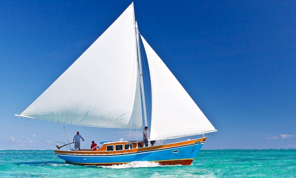 Snorkel and Sunset Sailing Charter in Belize
