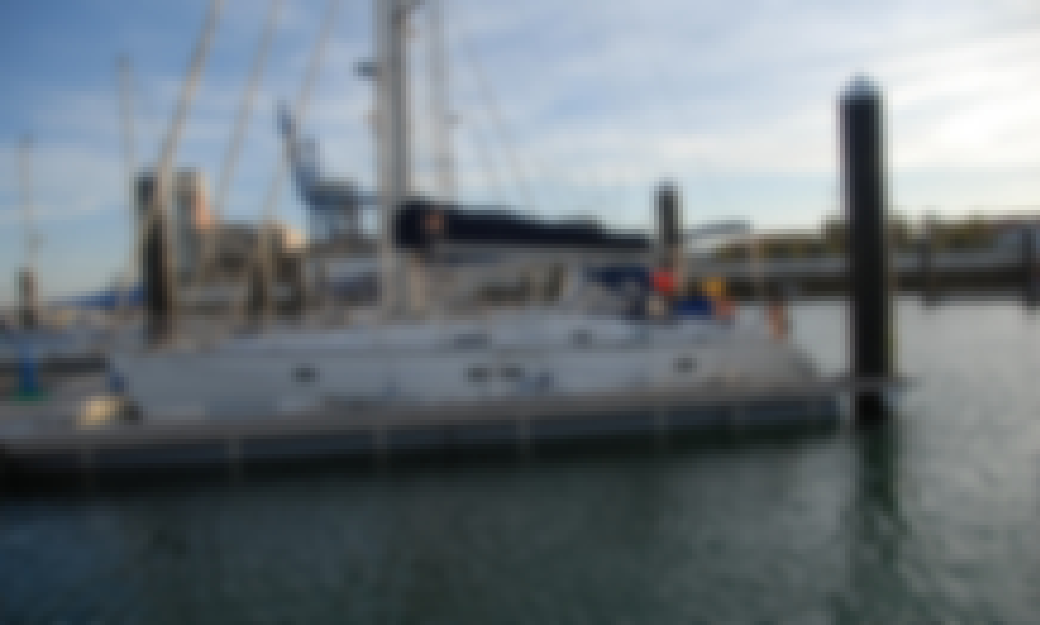 Yacht Rental in Cádiz