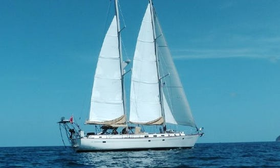 Charter On 60ft Morgan Yacht In Paget, Bermuda
