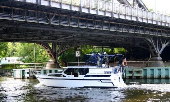 36' Gruno Compact Sport Motor Yacht Charter In Berlin, Germany