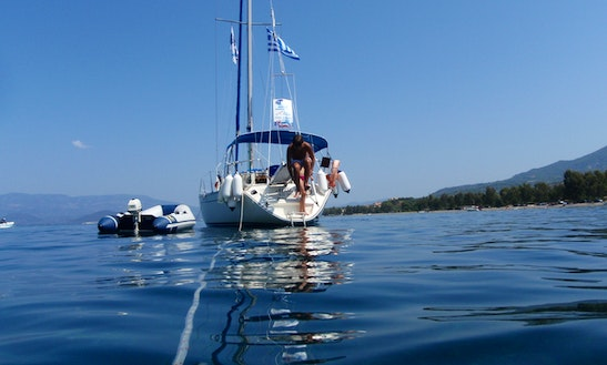 Cruising Monohull Rental In Παραλία Ραχών