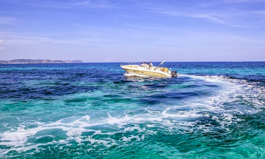 Key Largo 28 Center Console Boat Charter In Spain