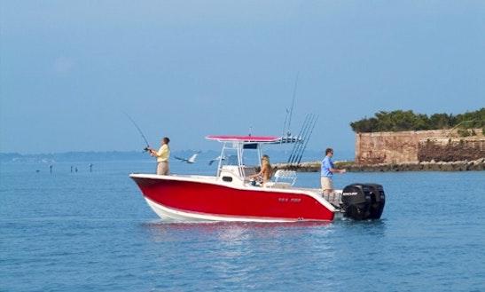 27ft Cc Sea Pro Fishing Boat In San Juan, Puerto Rico