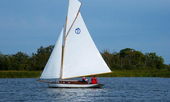 Hire 30' Primrose Yacht In Martham