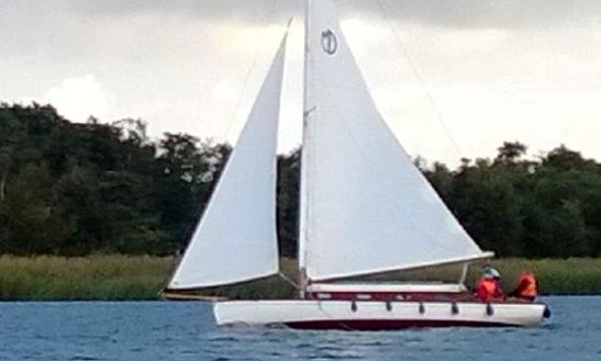 Hire This 30' Coriander Yacht In Martham