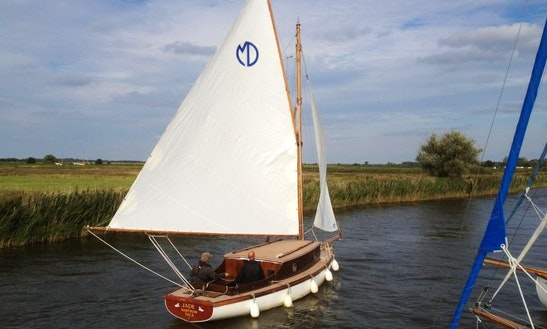 Hire This 25' Jade Yacht In Martham