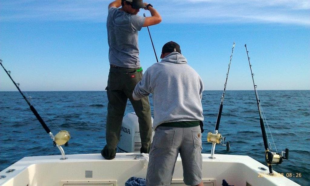 25ft parker sportfisherman boat charters in gloucester for Gloucester fishing charters