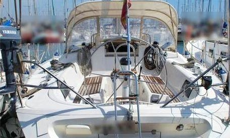 44′ Cruising Monohull Charter in Panamá, Panama