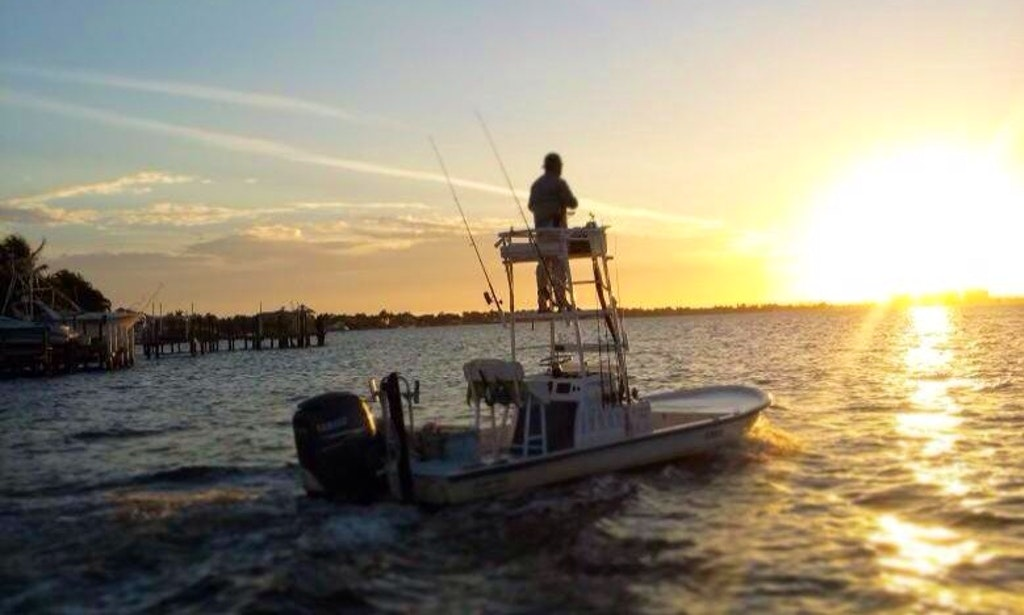 Cape coral fishing charter on 21 39 shallow sport boat with for Cape coral fishing charters