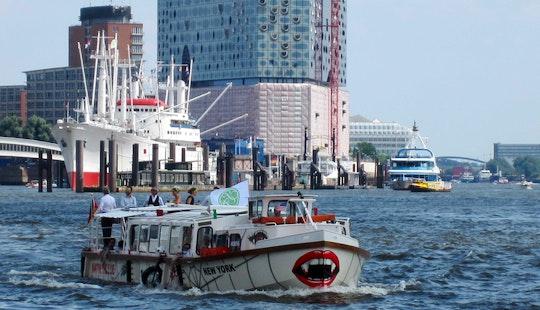 Hop-on Hop-off Harbor Cruise In Hamburg