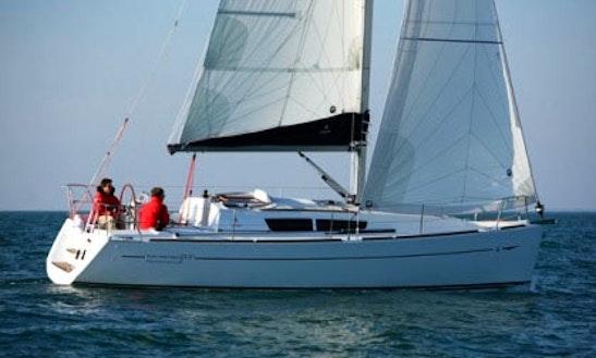 Jeanneau Sun Odyssey 33i Charter In Andijk
