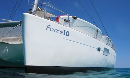 Charter 45' Force 10 Catamaran Yacht In France