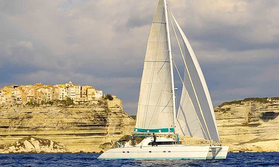 Charter This Cruising Catamaran In Sète, France