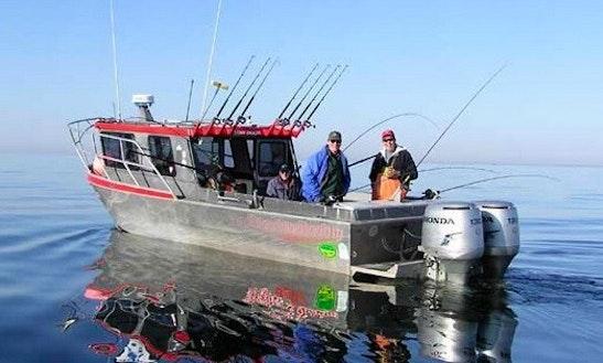28' Trawler Charter In Sterling, Alaska