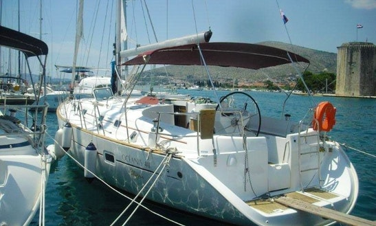 Charter Oceanis 411 Catamaran In Greece