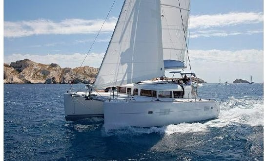 Charter Lagoon 400 S2 Catamaran In Greece