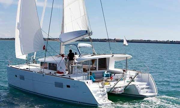 Lagoon 400 Cruising Catamaran Charter in Greece