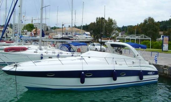 Charter 6 Person Motor Yacht With 1 Cabin In Gouvia, Greece