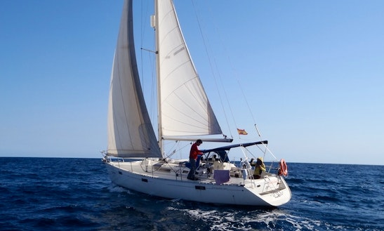 Cruising Monohull Rental In Gandía