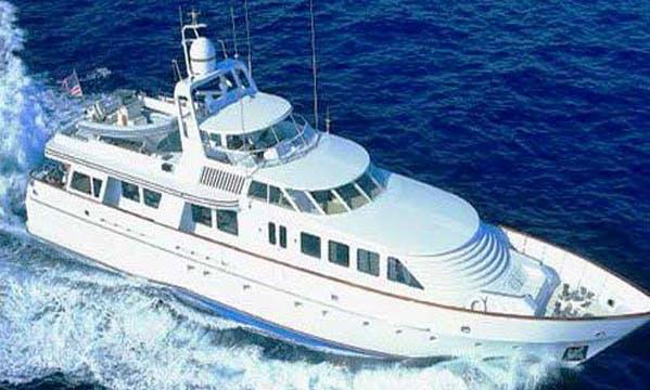Charter the Hakvoort 118 Power Mega Yacht in Montenegro