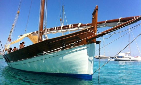 The Leonidas Sailing Charter In Italy