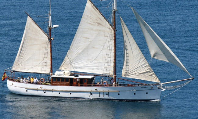 76' Custom Gulet Sailing Yacht Charter