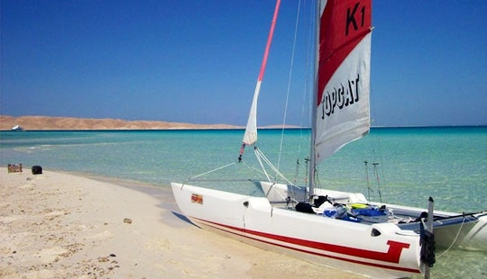 Hire Topcat K1 Sailing Catamaran In Alcúdia