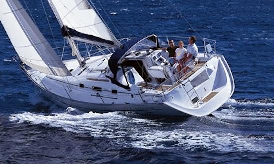 Charter Monohull Beneteau Oceanis 343 In Algeciras
