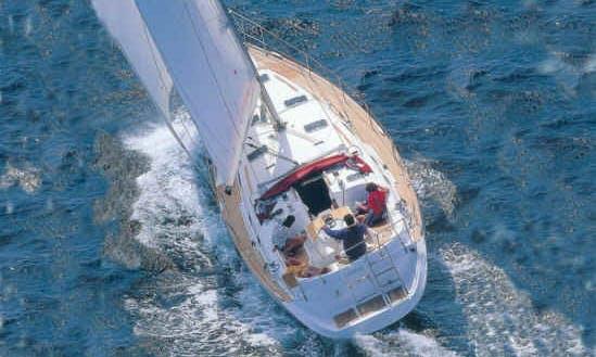 Cruising Monohull Beneteau Oceanis 411 in Spain