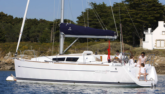 Sail Away On Sun Odyssey 32 Charter In Portoferraio, Italy