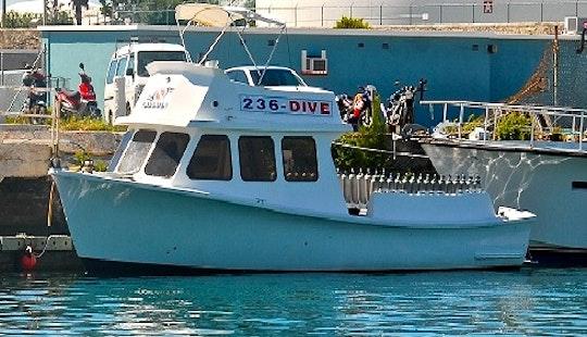 Custom Dive Boat Charter In Bermuda