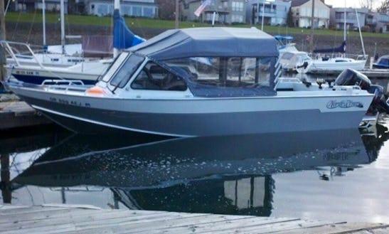 24ft North River Seahawk Sportfisherman Boat Charter In Portland, Oregon