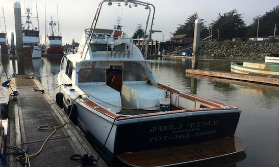31' Sport Fisherman Charter In Eureka, Ca
