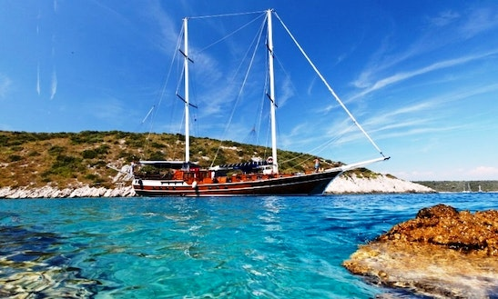 Sailing Yacht Perla, June 6 - 13