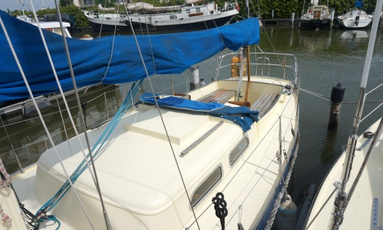 Koopmans 30 Sailing Yacht Charter In Monnickendam
