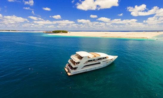 Motor Yacht Rental In Male, Maldives