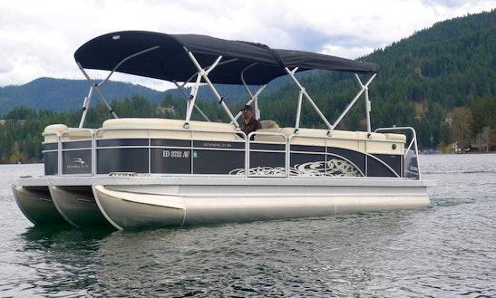 Bennington 24 Slx Tri-toon Boat Rental In Spokane, Washington