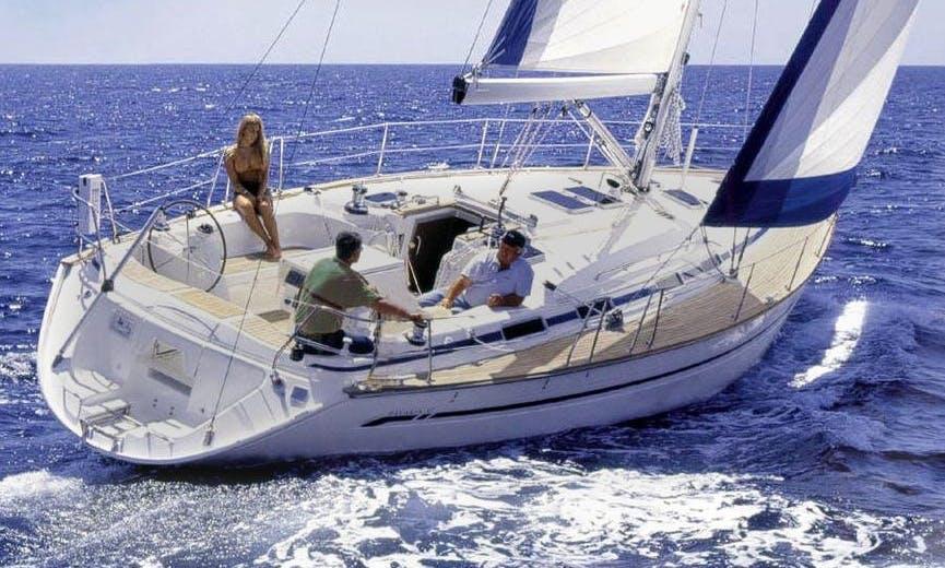 Luxury Cruising Monohull Bavaria 47 Charter in Hamble-le-Rice