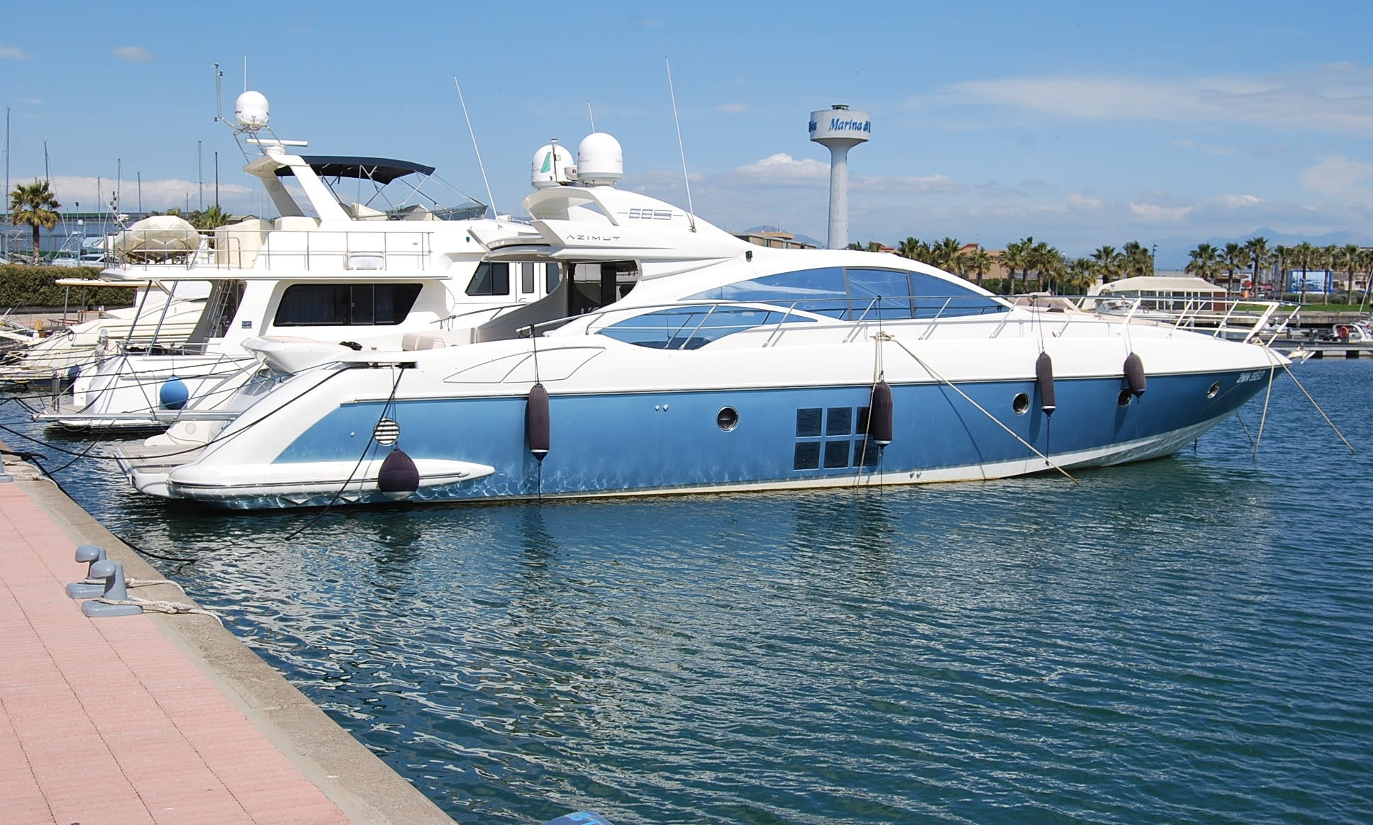 Charter the Azimut 68' Motor Yacht in Castellammare di Stabia, Italy