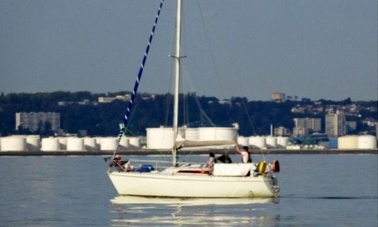 Luxury Cruiser Charter 'eagle' In Haute-normandie