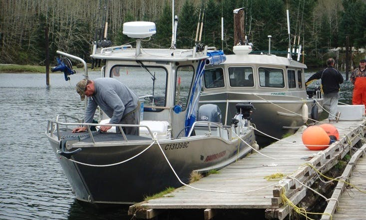 23' Fishing Charter In Port Renfrew