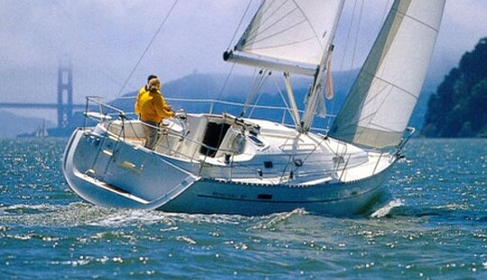 Charter The Oceanis 331