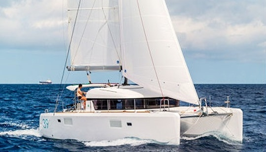 Cruising Catamaran Lagoon 39