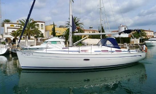 Bavaria 38 Cruiser Cruising Monohull Rental In Saint-mandrier-sur-mer