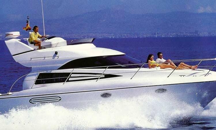 Motor yacht charter on Astondoa 39 Boat in Altea