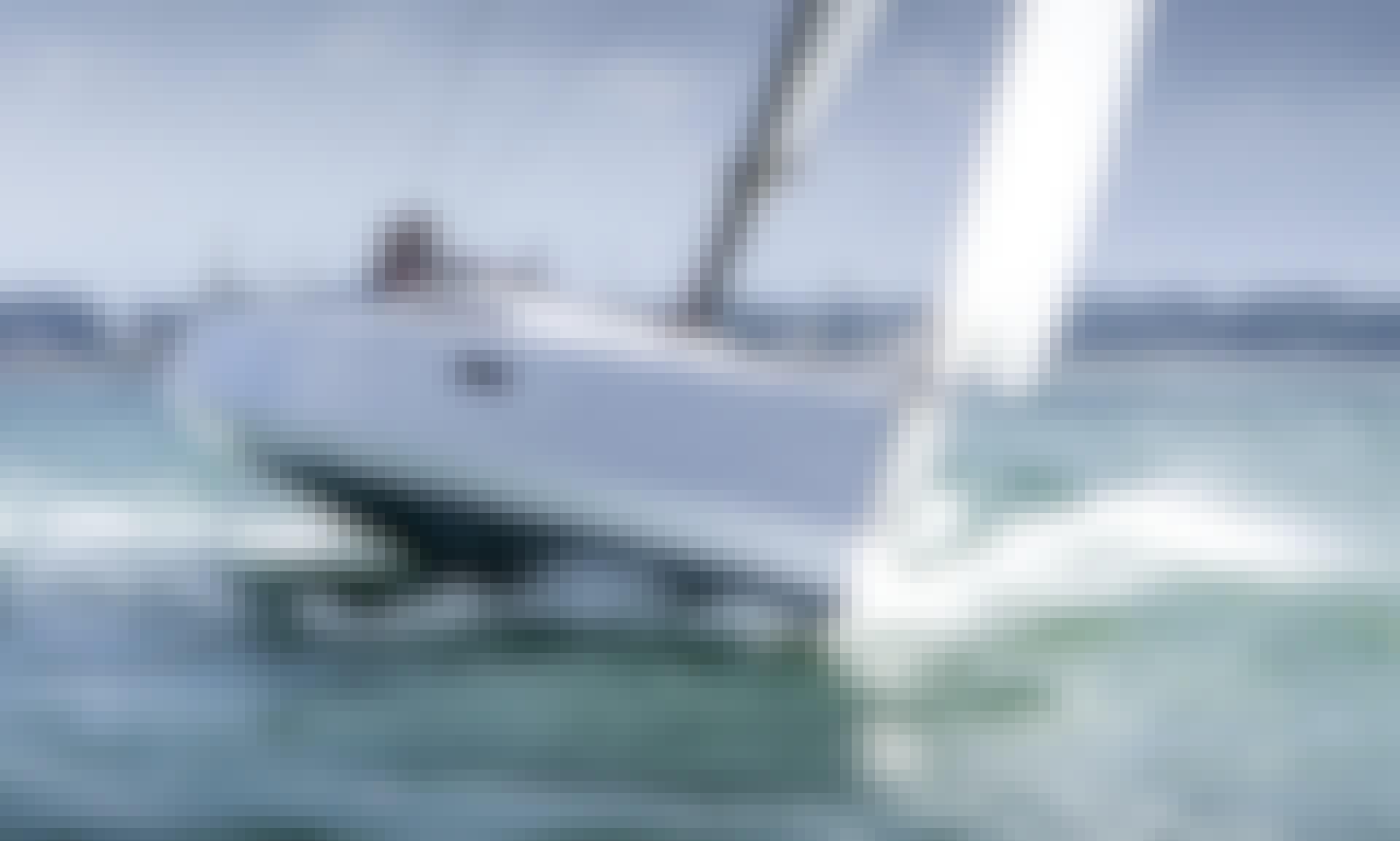 32ft POGO 30 Cruising Monohull Rental in Taussat, France